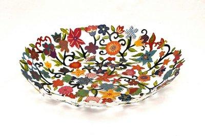 Opengewerkte metalen schaal bloemen